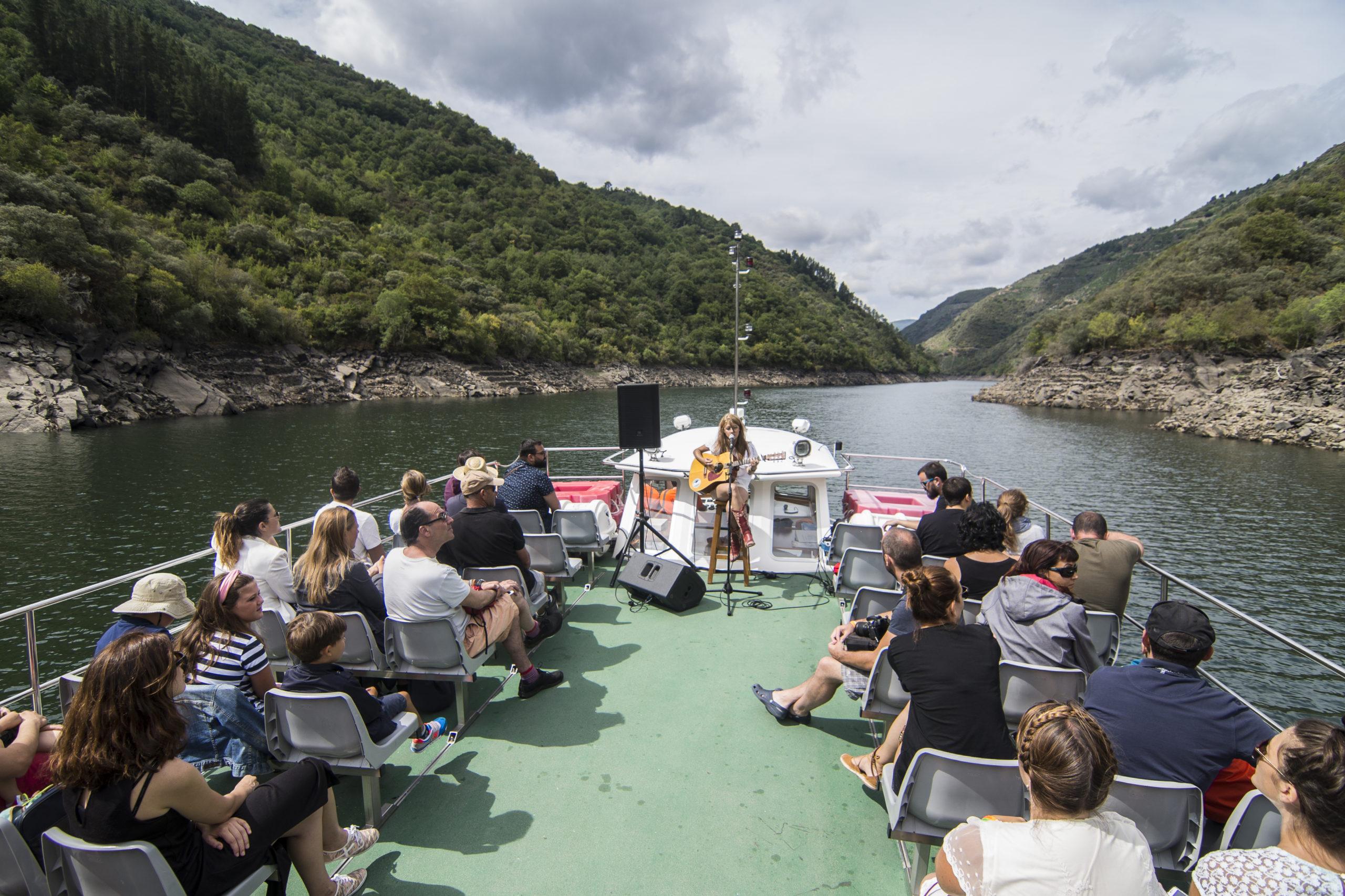 Catamarán Ponte do Sil